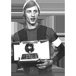 headshot of Johan Cruyff